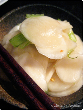 Japanese quick turnip pickles