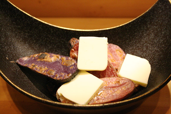 grilled purple potatoes with butter