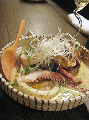 clams and squid with seaweed cream sauce