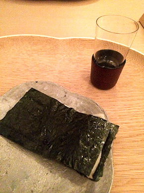 seared pen shell wrapped with nori
