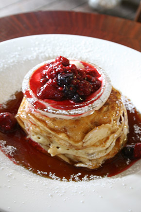 pancake with berry compote