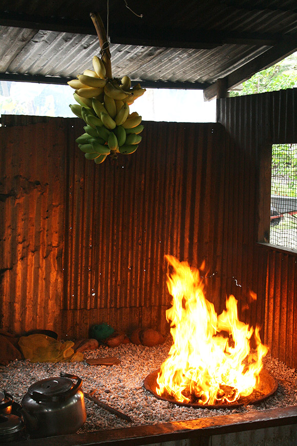 Indoor bbq grill, Bikirin Island, The Marshall Islands