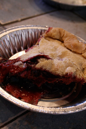 Dangerously Delicious Pies's Blueberry Pie