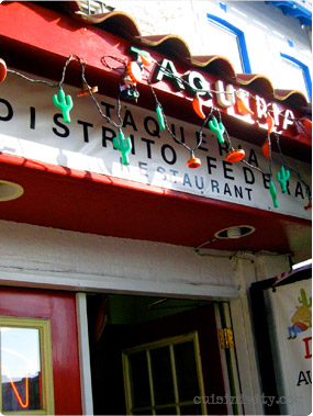 Taqueria Distrito Federal outdoor sign